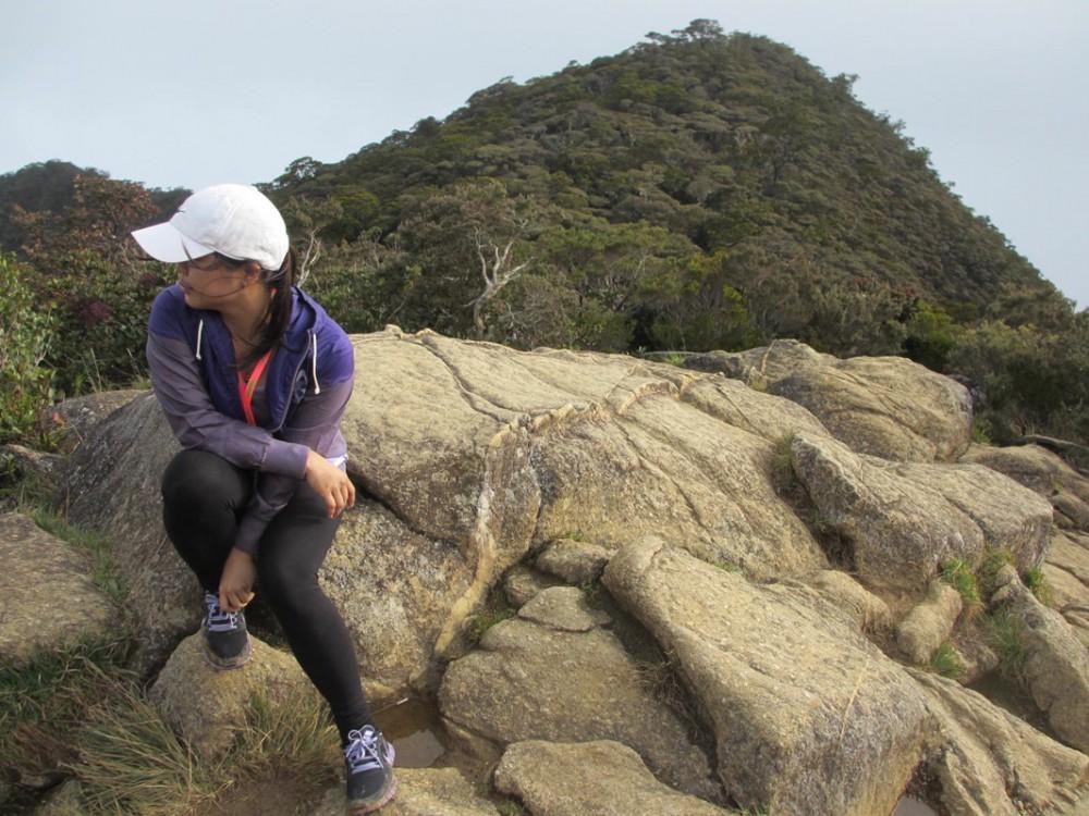 2 Day Hike Mount Kinabalu Malaysia Low's Peak - Rocky Terrain