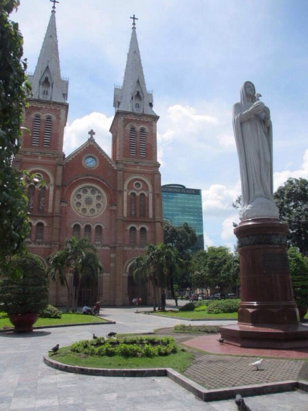 Backpacking Ho Chi Minh Vietnam First Time City
