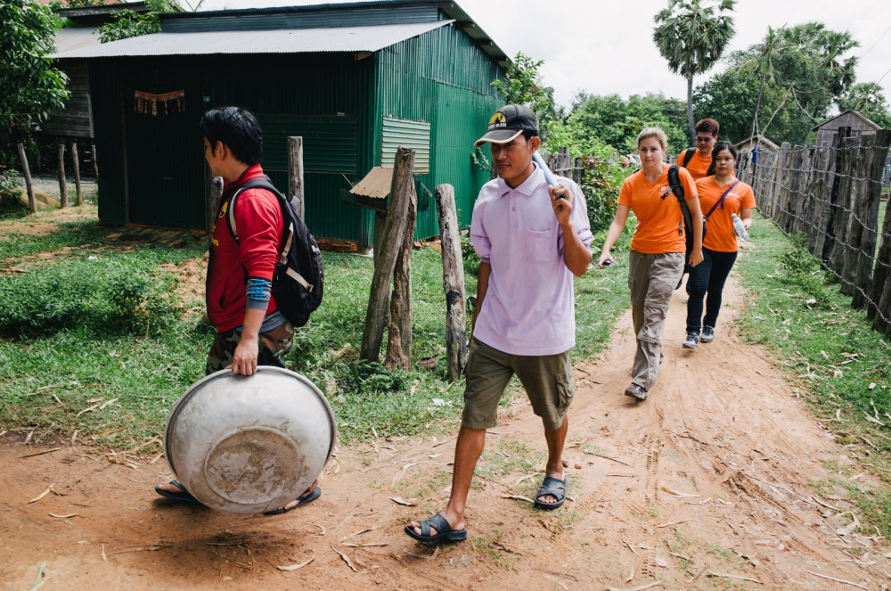 Volunteer in Asia Cambodia Siem Reap Water for Life Group