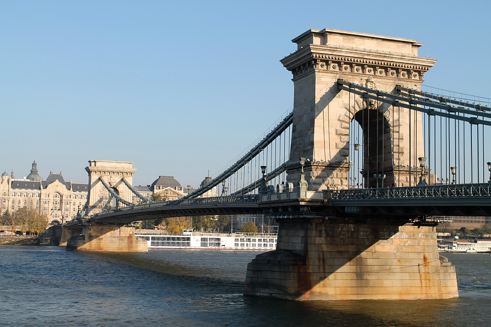 Fall in Love Beautiful Budapest Hungary - Chain Bridge