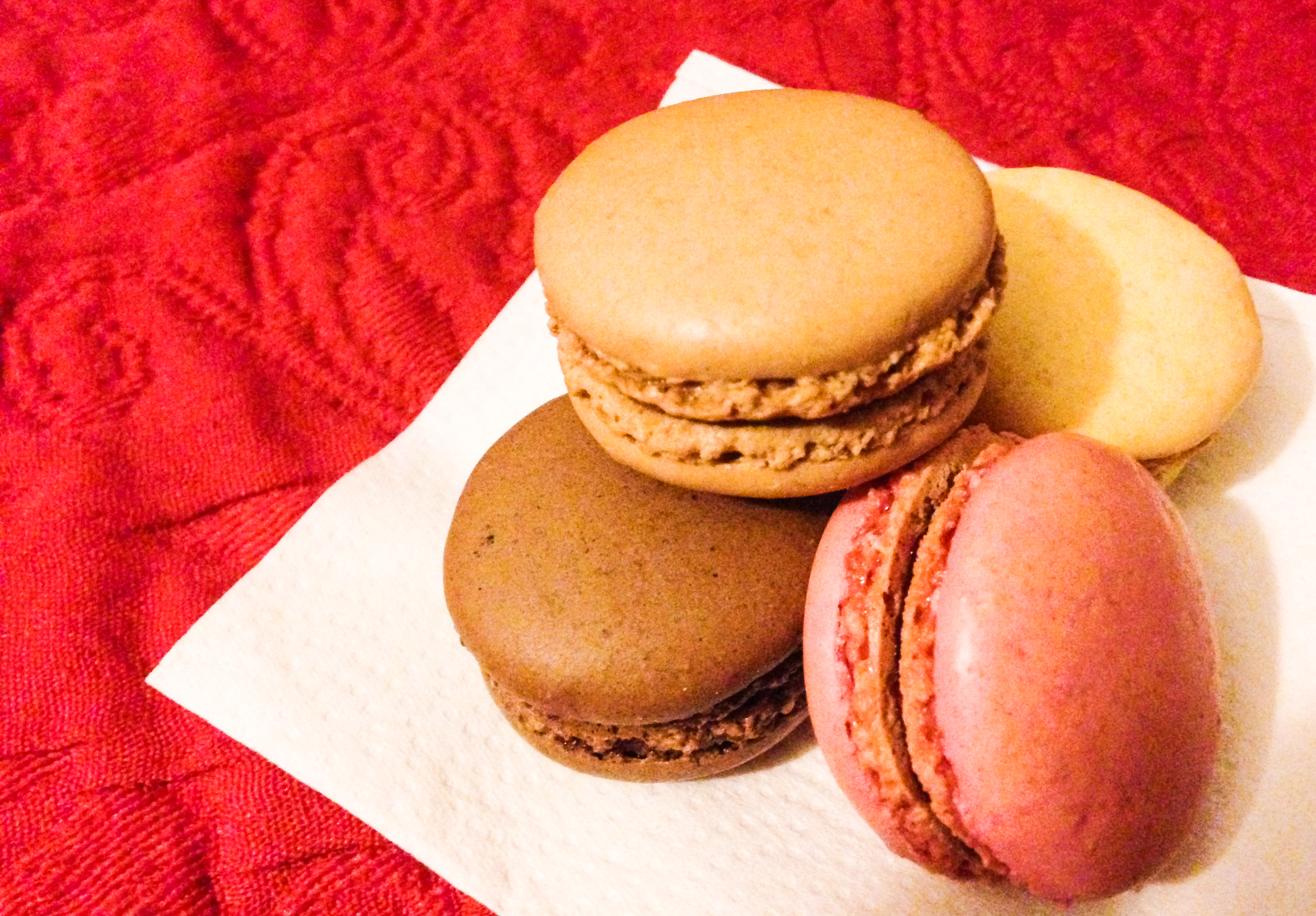 Macaroons Paris - Must Try Food in Europe