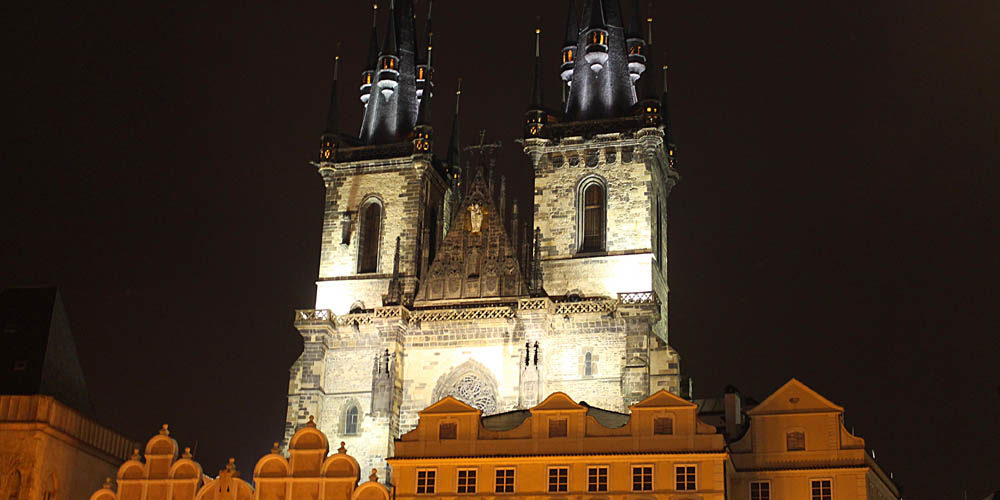Prague Beauty beyond Photographs