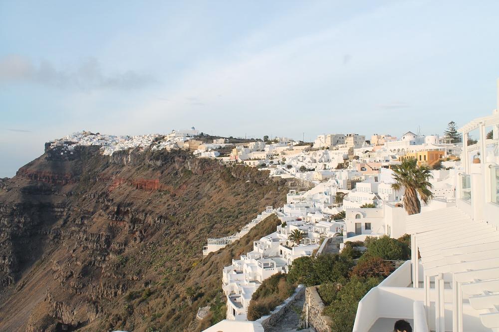 The Contrasting Colours of Santorini: A Dream Destination Volcanic Island