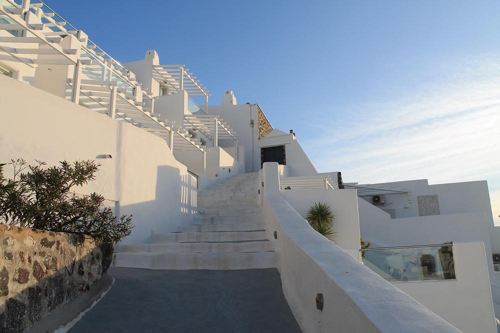 The Contrasting Colours of Santorini: A Dream Destination, Santorini Fira White Houses