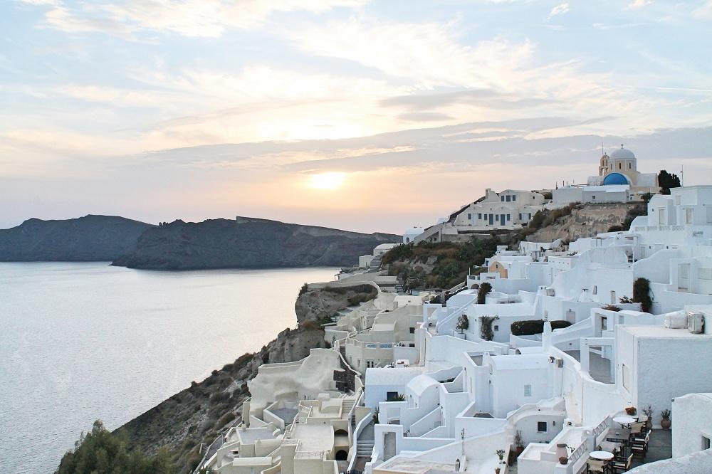 The Contrasting Colours of Santorini: A Dream Destination Oia