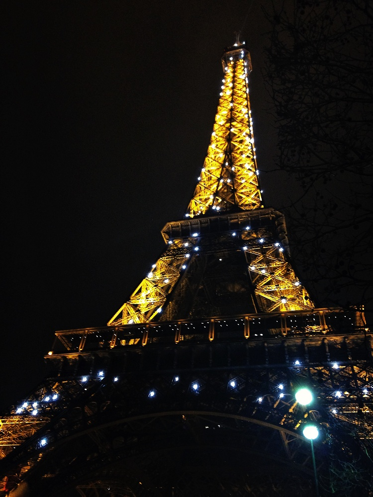 Weekend Arts Romance - 2 Days in Paris France - Eiffel Tower at Night