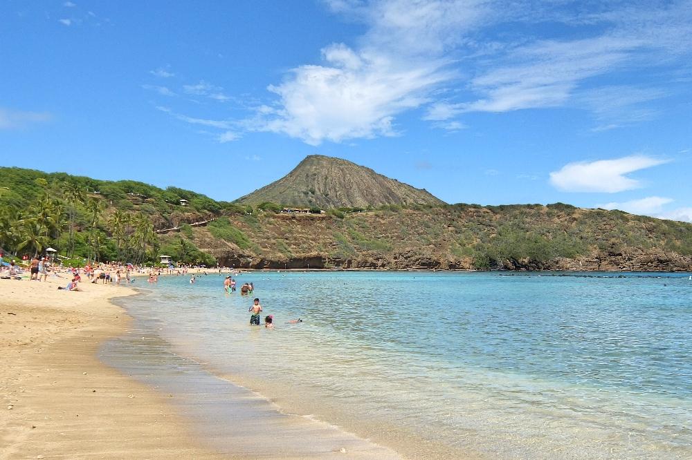 Backpacking Oahu Hawaii - Hanauma Bay - Beach
