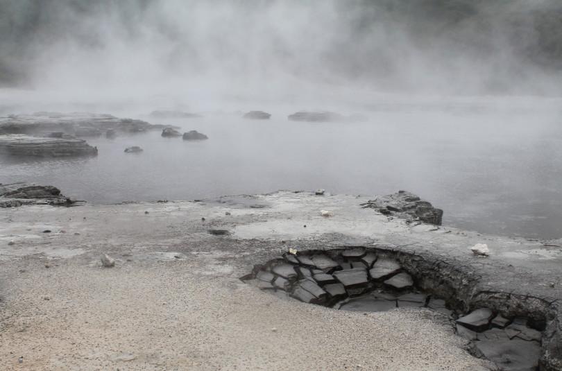 Hells Gate Geothermal Park Rotorua New Zealang Mud Bath Sulphur Spa