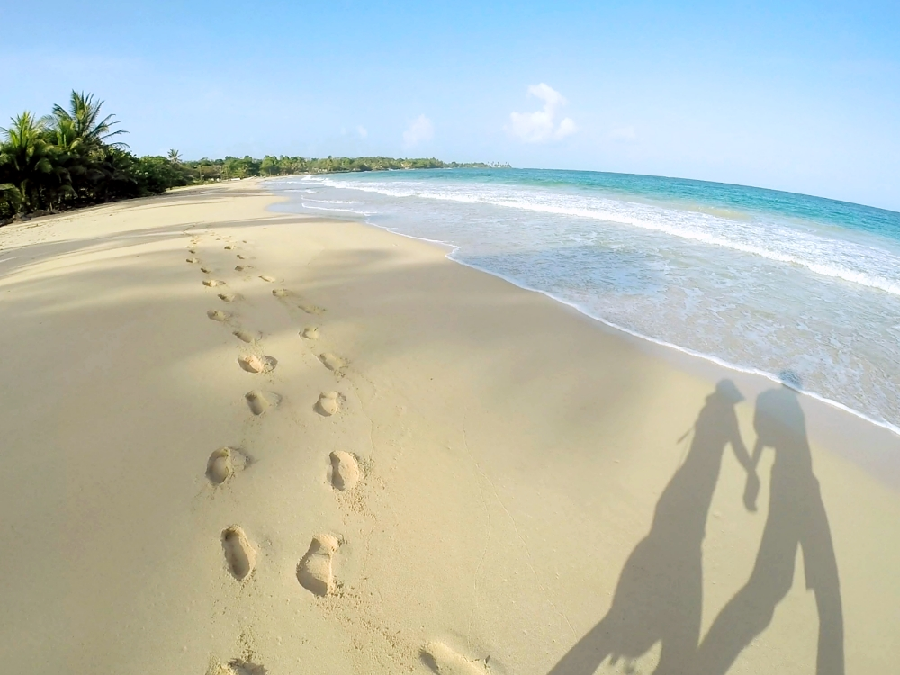 Romantic Journey around the World - Couple Travel - Big Corn Island Nicaragua