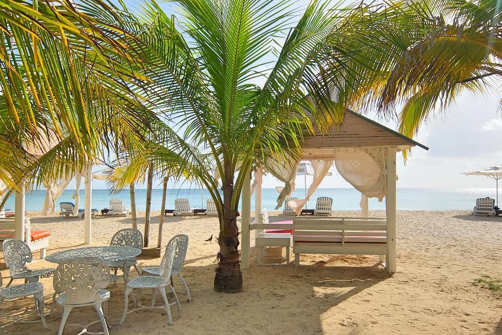 Caribbean Nicaragua - Big Corn Island - Picnic Beach