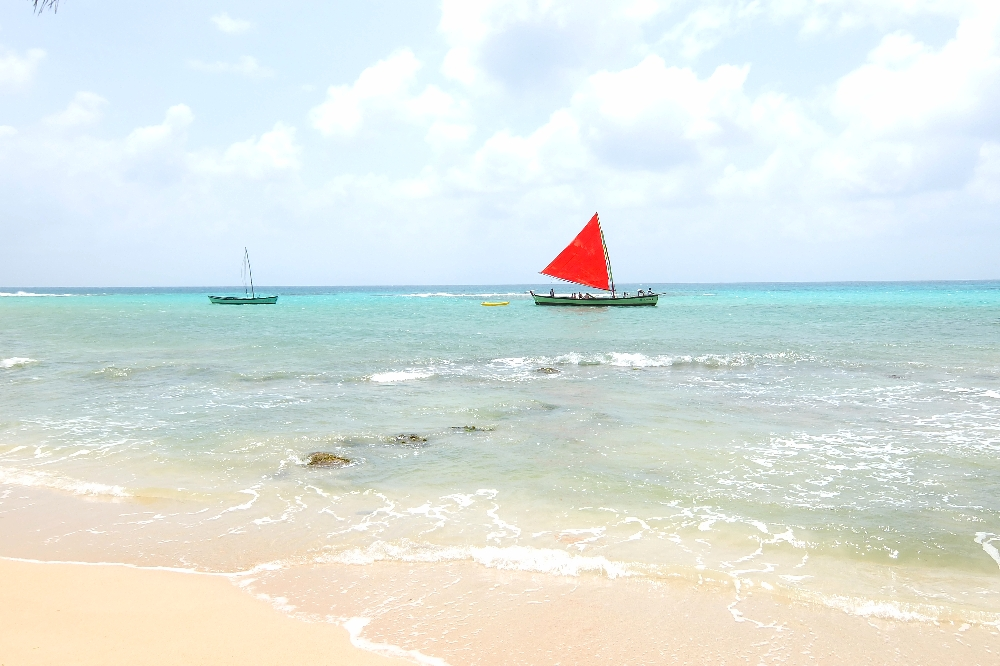 Budget Carribbean - Little Corn Island Nicaragua - SailBoat