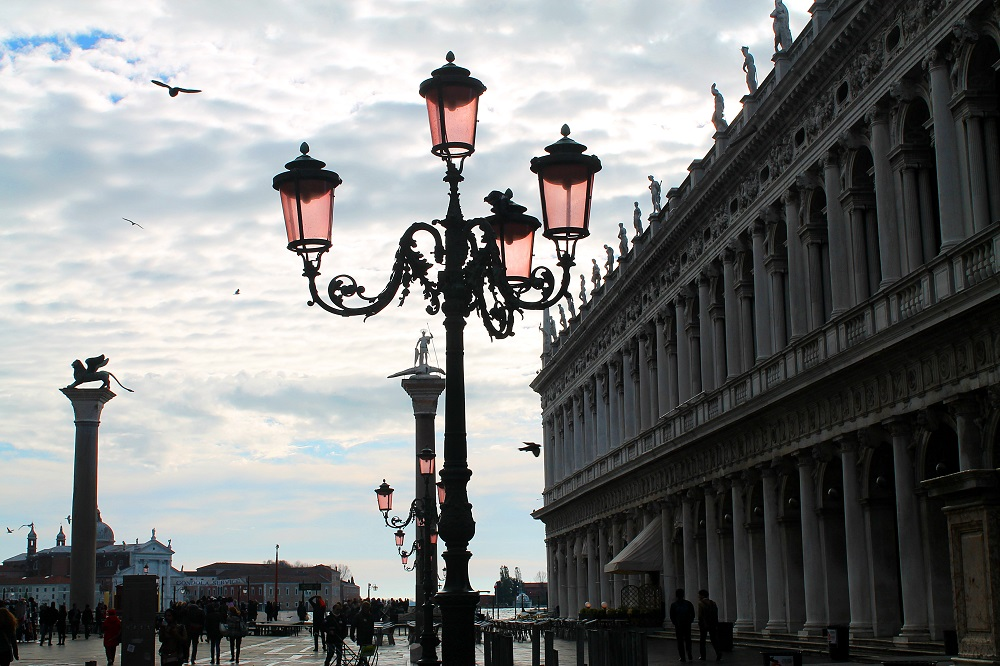 piazza-san-marco-venice-romantic-city-italy