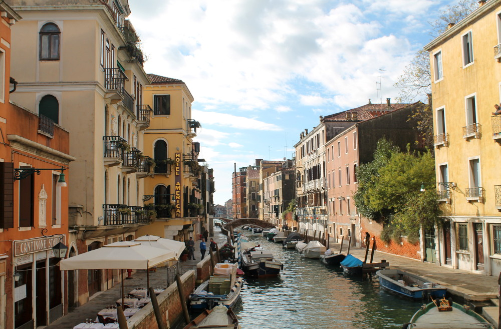 Romantic Journey around the World - Couple Travel - Venice Italy