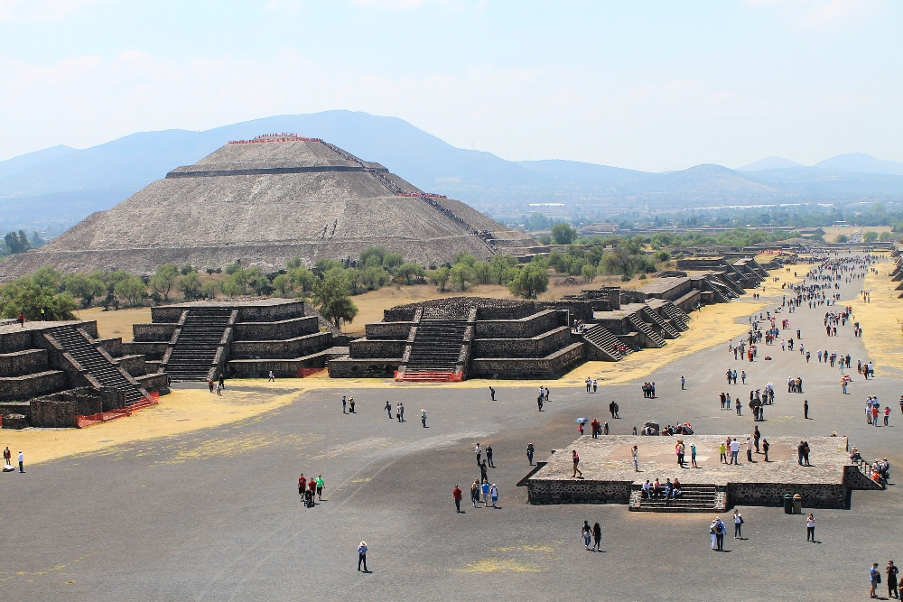 Teotihuacan Day Trip - Ruins near Mexico City - Pyramid of the Sun