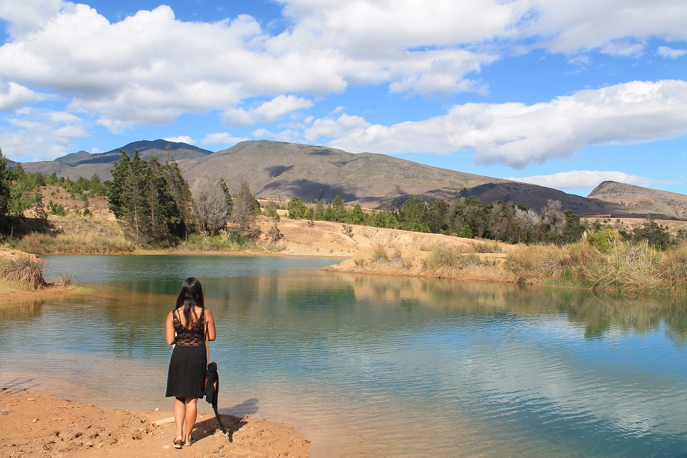 Female Travel Story - Backpacking Women - Pozo Azules Villa de Leyva Colombia