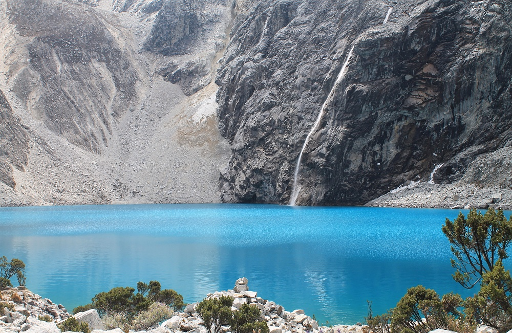 Romantic Journey around the World - Couple Travel - Laguna 69 Peru