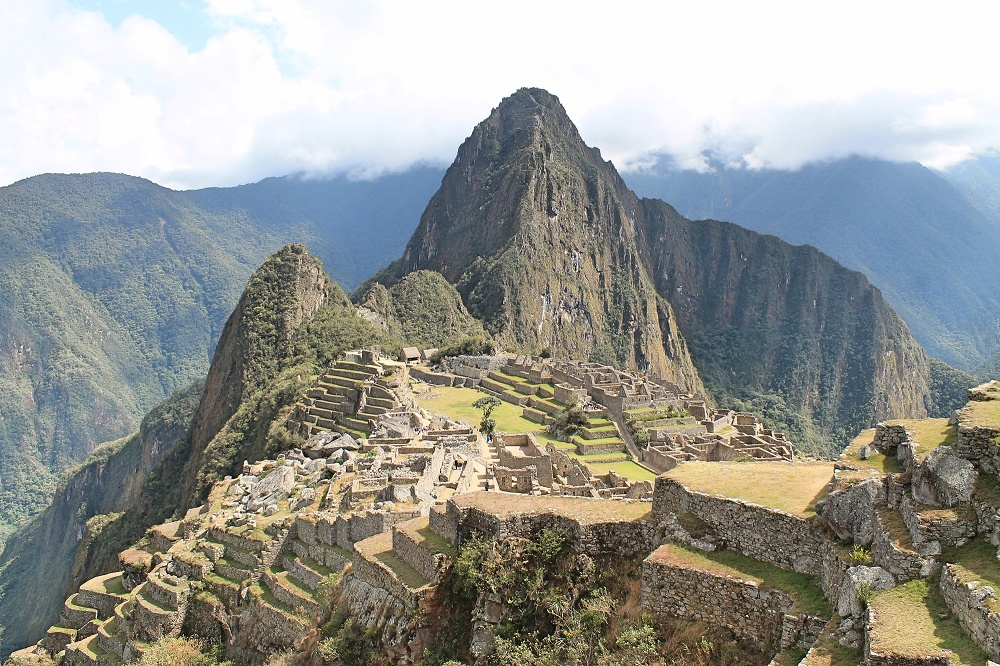 Romantic Journey around the World - Couple Travel - Machu Picchu Peru
