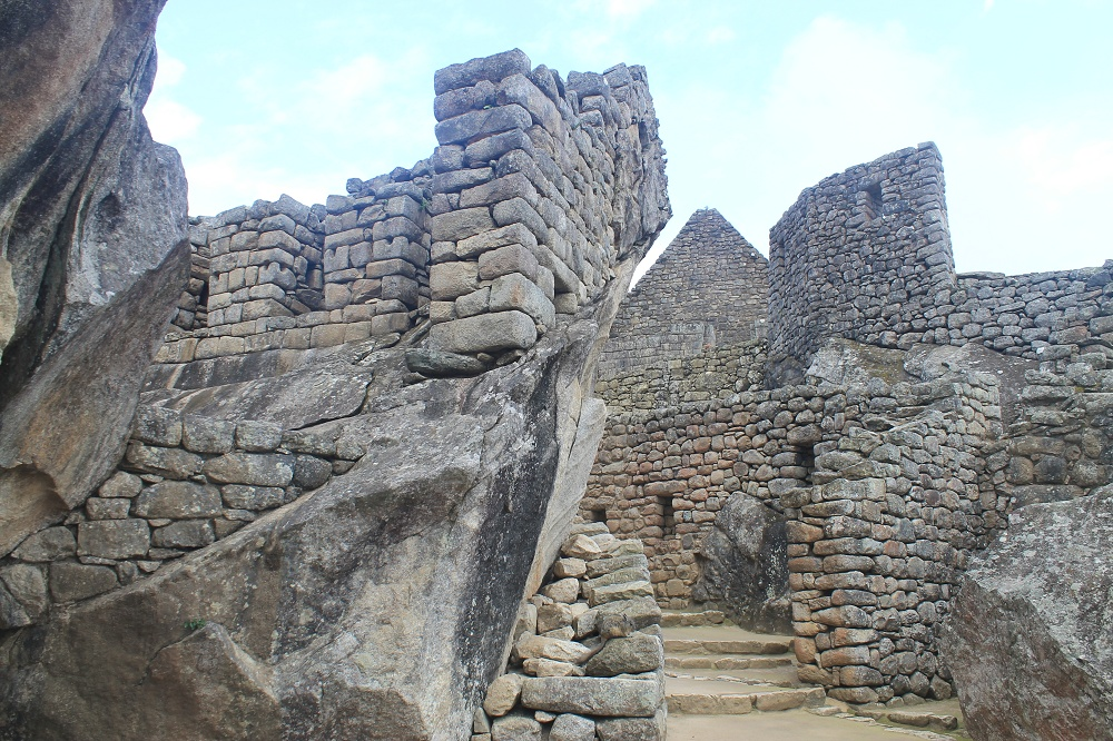 Exploring Wonder of the World Machu Picchu - Temple Condor
