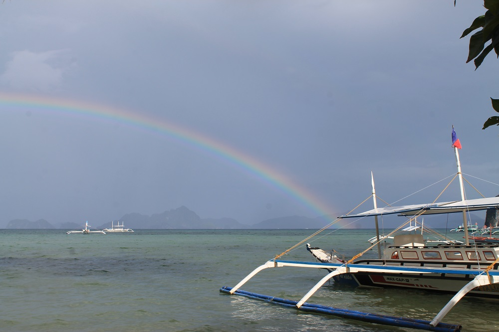 El Nido Palawan Paradise in the Philippines - Corong Corong Beach El Nido Town