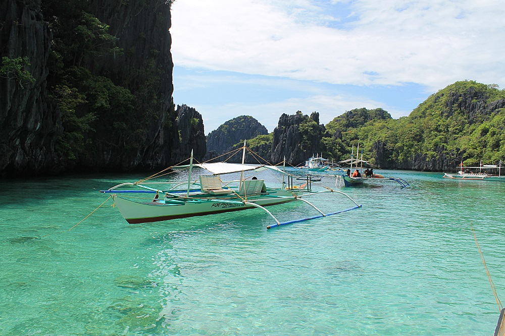 El Nido Palawan Paradise in the Philippines - Big Lagoon during Island Hopping