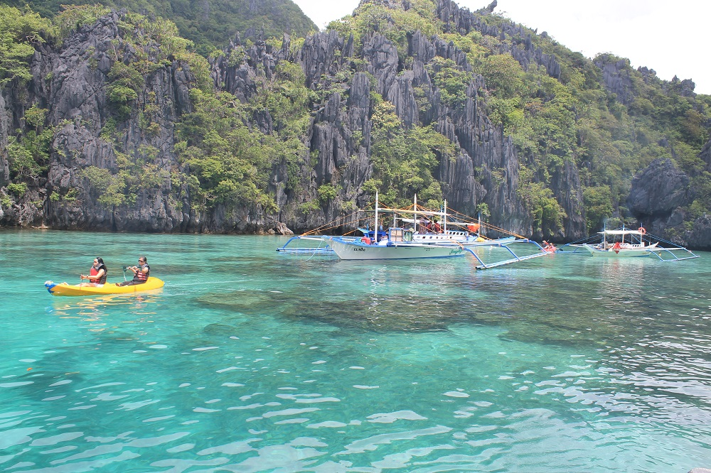 El Nido Palawan Paradise in the Philippines - Island Hopping Tour