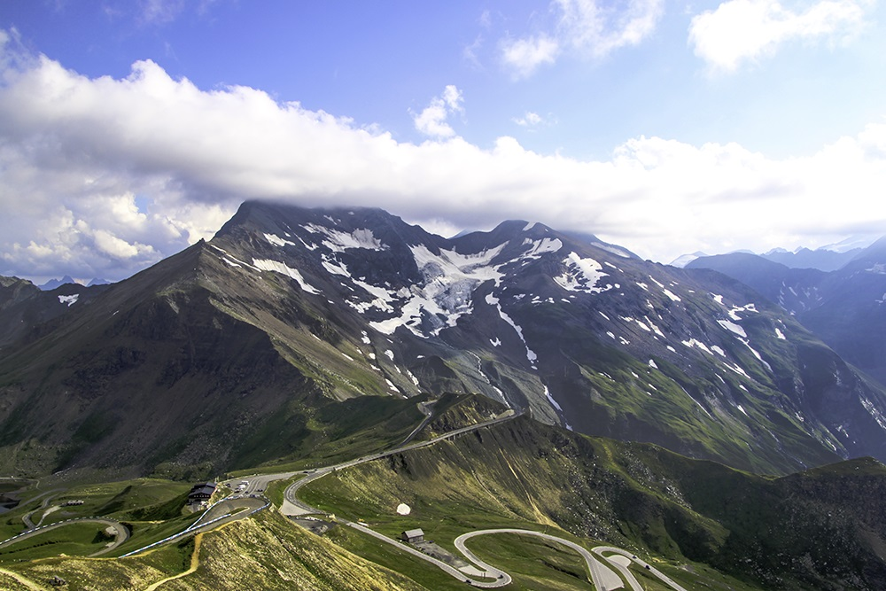 Best Road Photos around the World - High Alpine Road Austria