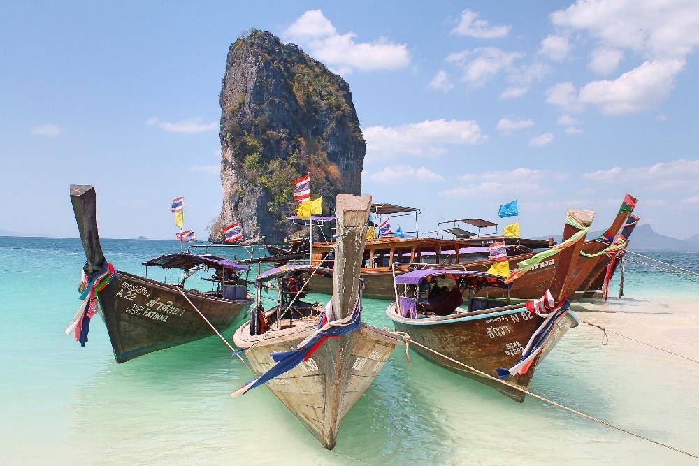 backpacker-krabi-thailand-island-hopping