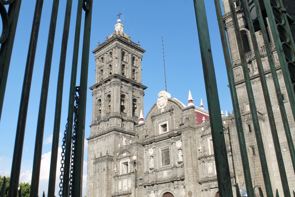 8 Best Colonial Towns and Cities in Mexico - Cathedral Puebla