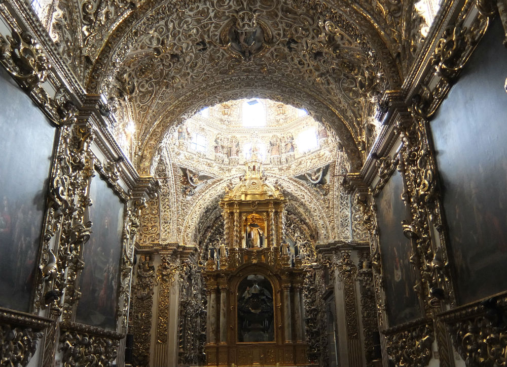 8 Best Colonial Towns and Cities in Mexico - Gold Chapel Puebla