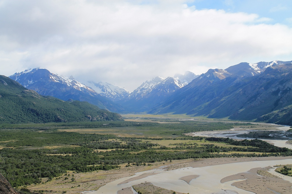 Laguna de los Tres - Day Hike Mount Fitz Roy in Patagonia, Argentina- Rio