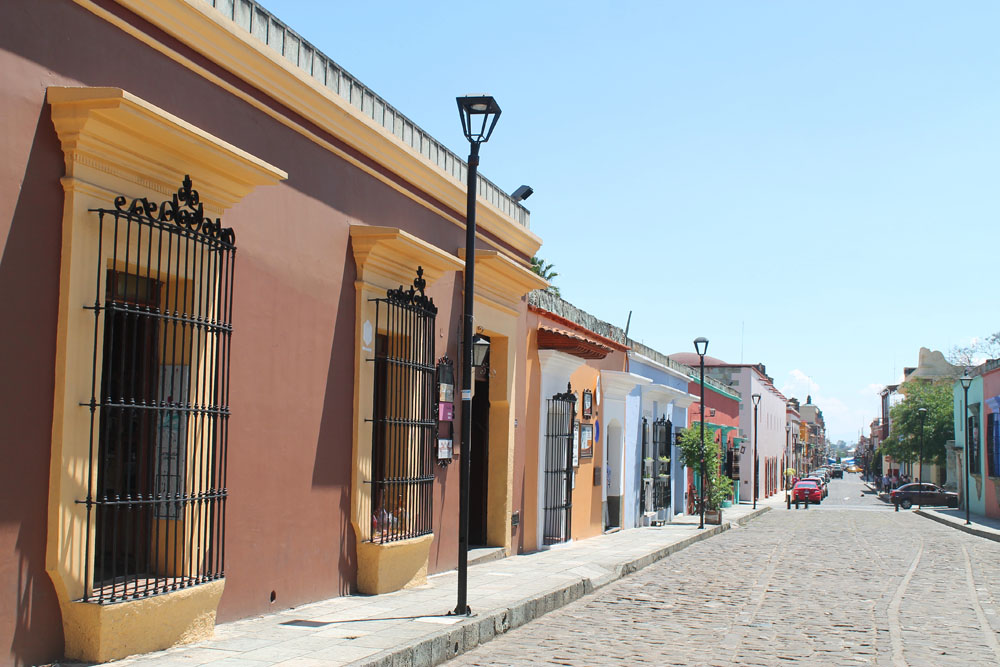 8 Best Colonial Towns and Cities in Mexico - Oaxaca Street