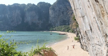 Backpacker Tonsai Bay Krabi Thailand