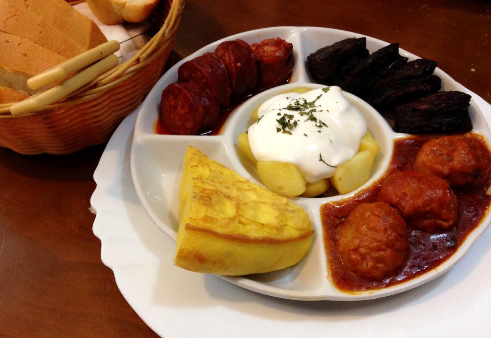 Winter in Andalusia Spain - 10 Days in Sevile Granada Cordoba - Spanish Tapas Food