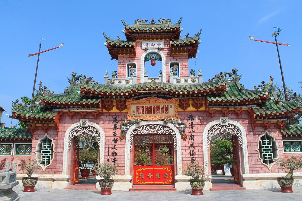 Things to do in Hoi An Vietnam - Assembly Halls and Old Houses