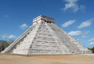 Wonder of the World Chichen Itza - El Castillo Pyramid