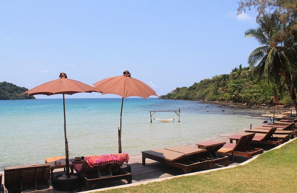 Koh Kood Resort Bang Bao Bay Thailand Review - Outdoor Area