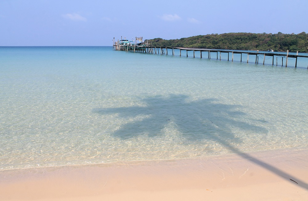 Koh Kood Resort Bang Bao Bay Thailand Review - Beach
