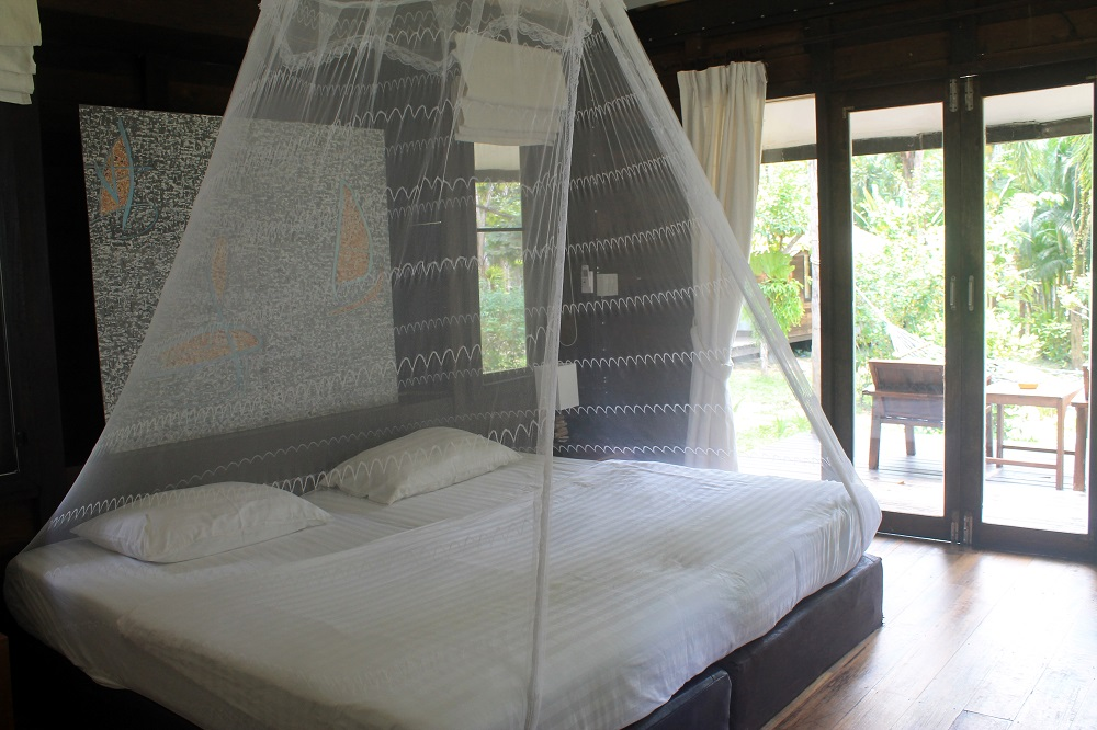 Koh Kood Resort Bang Bao Bay Thailand Review - Bed