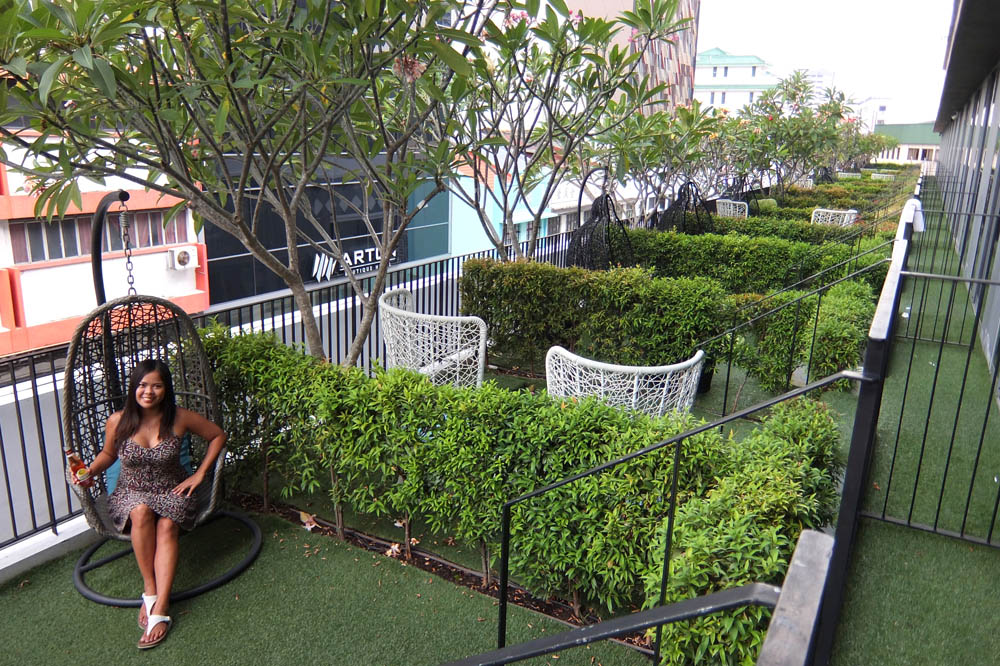 Parc Sovereign Hotel - Tyrwhitt - Mid Range Hotel in Singapore - Review -  Balcony Garden