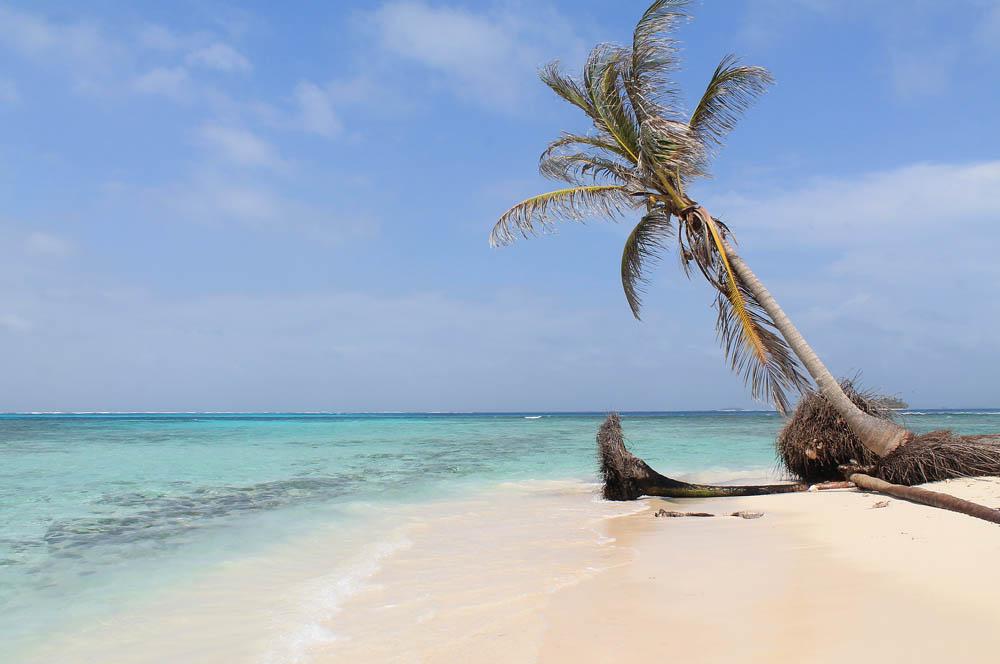 San Blas Islands - Island Hopping from Panama to Colombia - Isla Coco Bandera