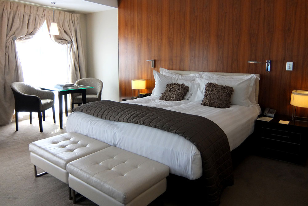 FIve Star Hotel in Queenstown, New Zealand - Around the World in 18 Beds
