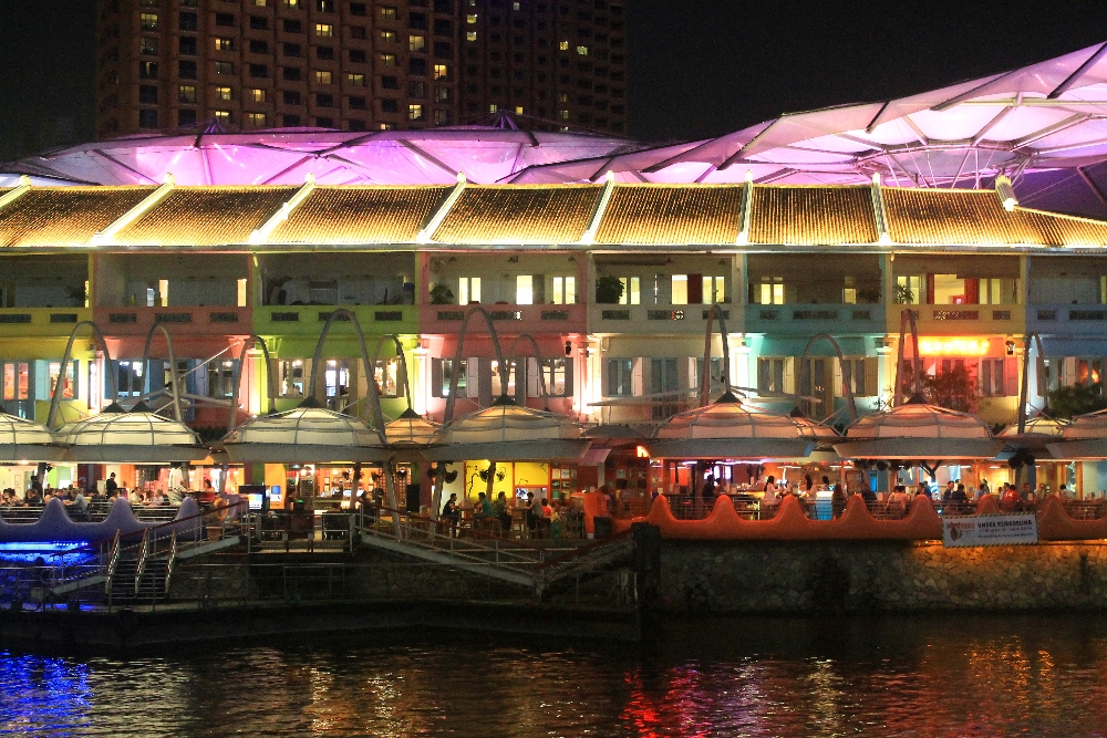 Clarke Quay Ladies Night - Best Free Things to Do in Singapore