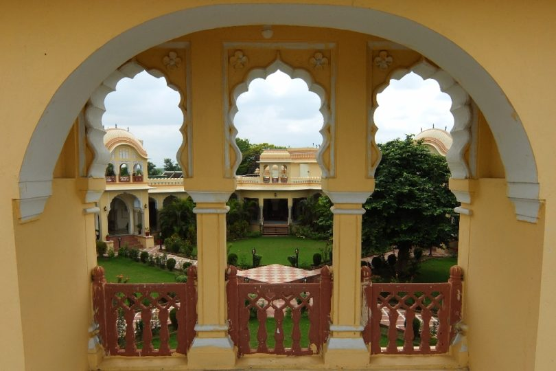 Incredible Rajput Architecture of Amar Mahal Hotel in Orchha India