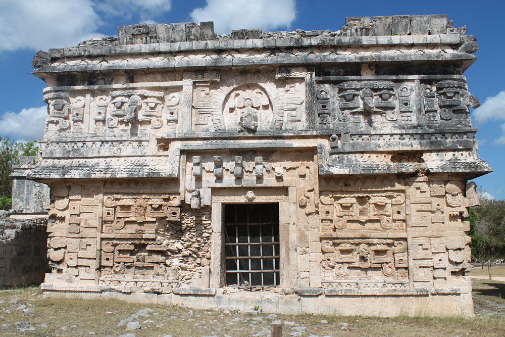 Structure in Chichen Itza ruins - Best Ancient Ruins and Pyramids in Mexico
