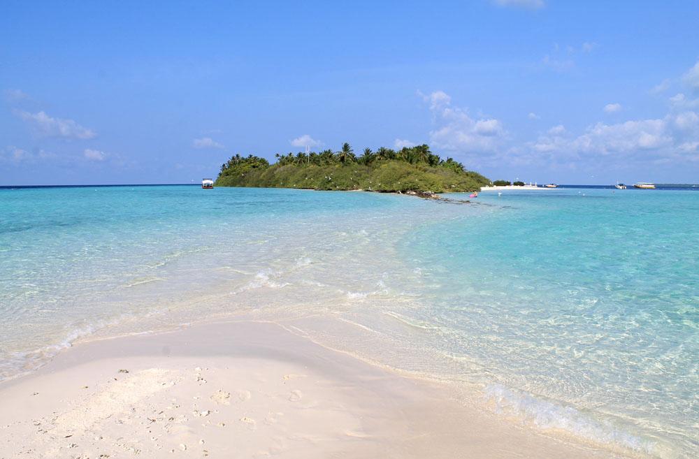Sand bar - Mid-Range Maldives Resort Experience - Asdu Sun Island