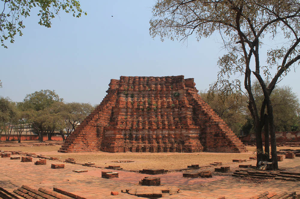 Ruins in Ayutthaya - Ayutthaya vs Sukhothai - Best Ancient Ruins in Thailand