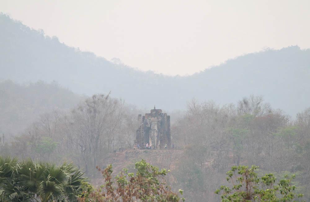 Wat Saphan Hin - Ayutthaya vs Sukhothai - Best Ancient Ruins in Thailand