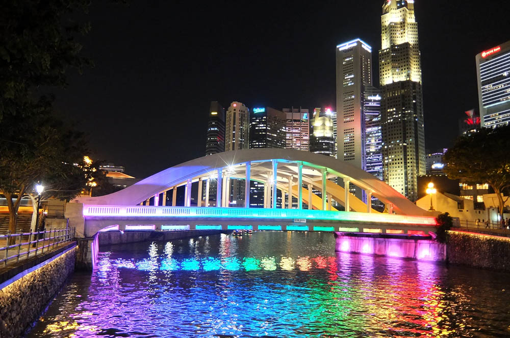 Boat Quay at Night - Best Free Things to Do in Singapore