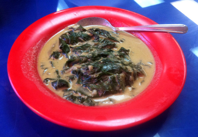 Laing - Lunch - Must Try Filipino Foods - How to Eat Like a Local in the Philippines