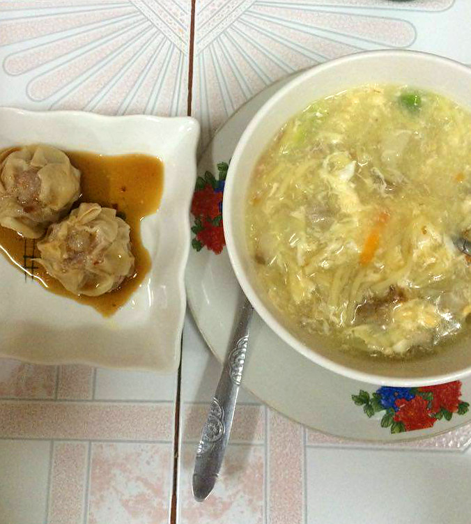 Lomi - Snack - Must Try Filipino Foods - How to Eat Like a Local in the Philippines